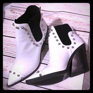 NINE WEST | chunky block heel white billet boots